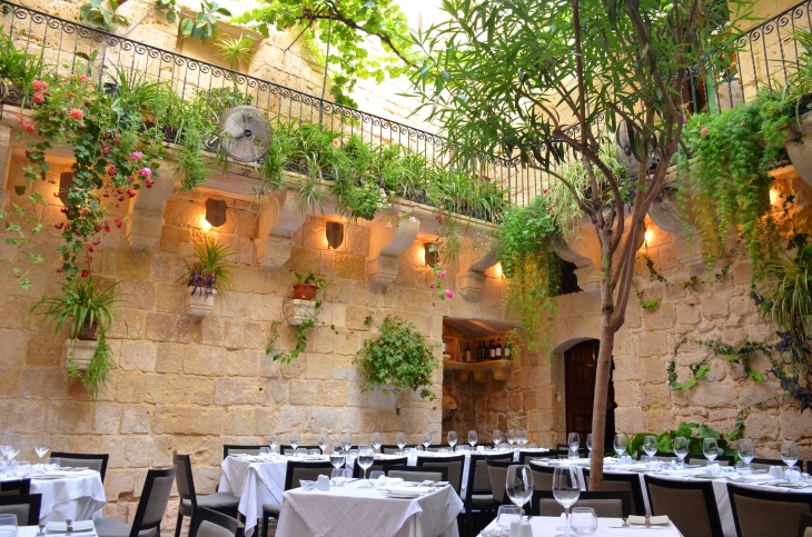 medina_restaurant.JPG
