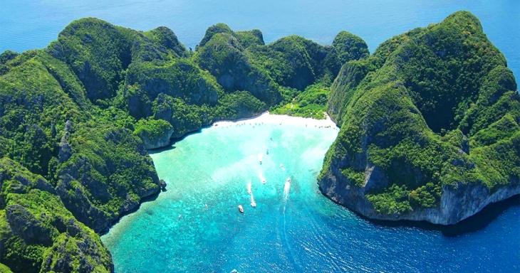 Maya-Bay-Phi-Phi-Islands-Snorkeling-Tour-2