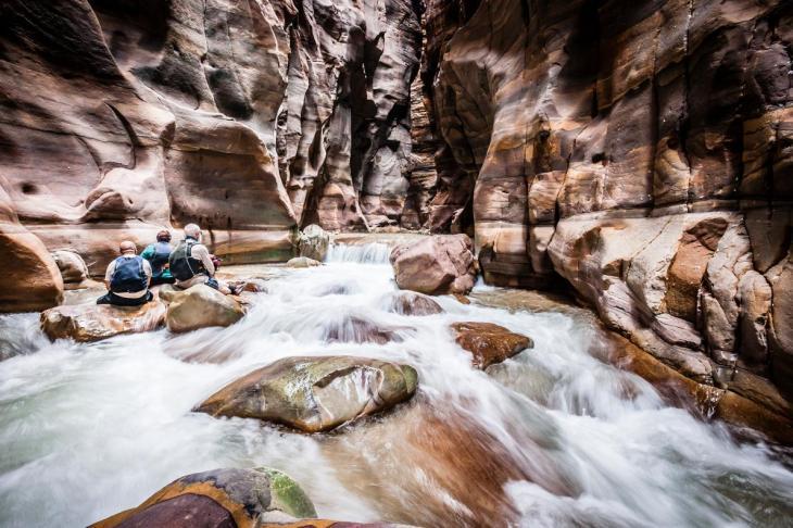 wadi-mujib-jordan.nationalgeographic.jpg